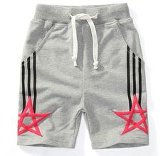2015 envío gratis hot boys deportes cabritos de los cortocircuitos ocasionales media shorts cintura elástica color sólido de cinco estrellas patter pantalones cortos en Shorts de Bebés en AliExpress.com | Alibaba Group Kids Pants, Kids Shorts, Sport Shorts, Toddler Outfits, Baby Boy Outfits, Kids Outfits, Streetwear Shorts, Lingerie Shorts, Boys Shirts
