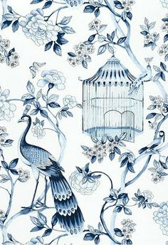 I love this blue and white printed fabric, the colours and the combination of birds and florals reminds me of an oriental piece which maybe is its inspiration.