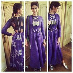 Sonam kapoor in our Hooked purple handwoven jamdani maxi dress Indian Gowns, Indian Attire, Indian Wear, Indian Outfits, Designer Gowns, Indian Designer Wear, Look Short, Anarkali, Saree