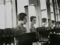 Ise Gropius, Self-portrait in the bathroom mirror of her Master's House in Dessau, c. 1926/27