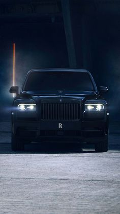 The Black King 👑 Rolls Royce Auto Rolls Royce, Rolls Royce Coupe, Rolls Royce Logo, Rolls Royce Limousine, Rolls Royce Black, Classic Rolls Royce, Rolls Royce Motor Cars, Rolls Royce Wraith, Rolls Royce Phantom Interior