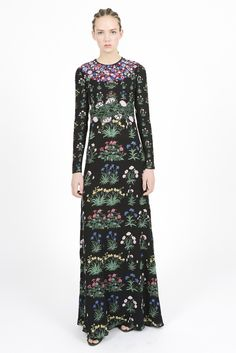 Valentino Pre-Fall 2015 - Slideshow - Runway, Fashion Week, Fashion Shows, Reviews and Fashion Images - WWD.com