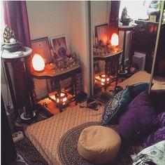 This cozy futon and Himalayan salt lamp reflection corner:
