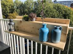 Ecosia - the search engine that plants trees Small Balcony Design, Small Balcony Decor, Deck Makeover, Front Deck, Diy Patio, Patio Ideas, Diy Interior, Trees To Plant, Beautiful Homes