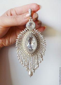 """Серьги ручной работы. Заказать Длинные серьги """"Swan Princess"""". Мария Кардакова Jewelry with Soul. Ярмарка Мастеров."""