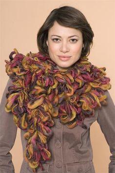 Free Crochet Loopy Bolero #scarf #scarves #echarpes