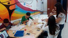 TALLERES DE PINTURA SOBRE TELA para los chic@s del barrio de la Paz en Granda. PROYECTO COMETA Painting, Mural Painting, Kite, The Neighborhood, Peace, Painting Art, Paintings, Drawings