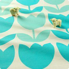 - Code: FQ1512-20- Colour: blue & white- Material: cotton- Sold by: pre-cut FQ (approx. 57x51cm)     ...