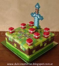 Torta Minecraft espada de diamantes