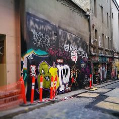 #hosierlane #hosier1117  #melbourne #hosierla #hosierlanemelbourne #melbournephotographer #melbournelaneways #melbourneiloveyou #melbournecity #aroundmelbourne  #melbourneartist #melbournecbd #ig_graffiti  #ig_australia #ig_victoria #instaaussies #instame