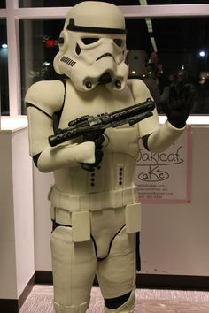 This, ladies and gentlegeeks, is a life-size Stormtrooper cake. Yep, these 300 pounds of stormtrooping deliciousness were made by the fine folks over at the Amanda Oakleaf Cakes bakery especially for the hungry patrons at the Arisia Sci-Fi Convention in Boston, MA.
