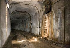 Cincinnati - abandoned subway tunnel [1000 x 697]