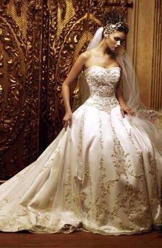 Eve of milady wedding dresses via wedding-il.com