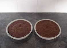Need a cake in a hurry? This amazing Emergency Microwave Chocolate Cake has got your back! Surprisingly delicious results and made quick time! Cake Stand With Cover, Cake Cover, Bbc Good Food Recipes, Easy Cake Recipes, Cake Recipes Without Milk, Microwave Chocolate Cakes, Microwave Baking, Yummy Cakes, Cupcake Cakes