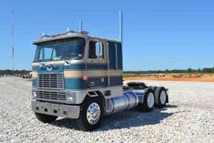 Im selling my 1982 International 9670 Eagle anniversary edition truck. There were 575 of these Diamond Jubilee trucks produced on 1982 for Big Rig Trucks, Toy Trucks, Semi Trucks, Chevy Trucks, Kenworth Trucks, Peterbilt, Container Transport, Classic Trucks For Sale, International Harvester Truck