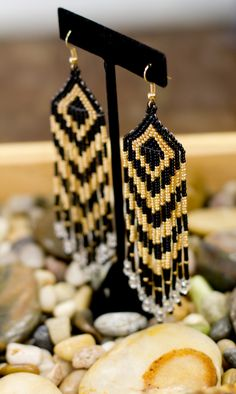 beaded earrings Quality Costume jewelry - 10501 SE Creek Street, suite 7, Yelm, Washington 98597 - next to domino's pizza - we ship all over the United States