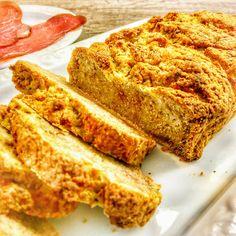 Knuspriges Brot, AIP und Paleo freundlich.  Brot ist für die meisten von uns etwas, an das wir seit den frühesten Kindheitstagen gewöhnt sind. Allein der Duft von frisch gebackenem Brot löst sofort Appetit aus. Für Viele ist es sogar
