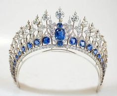 The Dutch Sapphire Tiara. It includes 655 South African diamonds, now set in platinum. The 33 sapphires are nestled at the bottom of the diadem like stained glass windows beneath Gothic arches in the sparkliest cathedral ever. Adding to the sparkle factor, some of the stones are en tremblant – meaning set on springs, so that they move with the wearer.