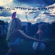 Win a festival survival kit http://uoeur.pe/uoxfestsss #UrbanOutfitters #Festivals #UOXFESTS