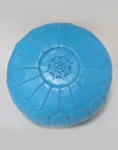 MOROCCAN LEATHER POUFFE - TURQUOISE - H30 W50CM