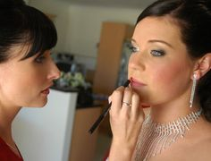18 steps;  How to get ready for your wedding morning preparations. www.makeoversaust.com.au