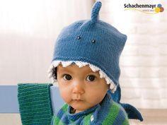 Kostenlose Strickanleitung: Haifischmütze mit Rückenflosse und scharfen Zähnchen stricken / free diy knitting tutorial: how to knit a shark cap for little pirates via DaWanda.com