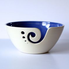 Blue Ceramic Yarn Bowl Yarn Bowl Knitting Bowl Crochet Bowl Blue and White Yarn Bowl Made to Order Ceramic Wool, Ceramic Pottery, Pottery Art, Ceramic Art, Slab Pottery, Pottery Studio, Crochet Bowl, Pottery Gifts, Paint Your Own Pottery