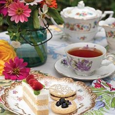 Victoria Magazine, Afternoon Tea, Tea Time, Tea Party, Tea Cups, Sweets, Table Decorations, Dining, Tableware