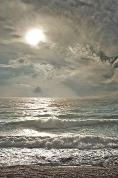 stunning sea and sky. I could sit on the beach and look at a view like this all day and listen to the waves. Ocean Beach, Ocean Waves, The Ocean, Ocean Sunset, Sand Beach, Big Waves, Beach Waves, Belle Photo, Beautiful Beaches