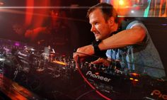 Dash Berlin partners with Savi