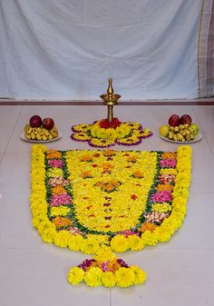 Onam pookkalam - onamoffers.com | Onam pookkalam - onamoffer… | Flickr Rangoli Designs Flower, Rangoli Ideas, Flower Rangoli, Beautiful Rangoli Designs, Flower Mandala, Flower Designs, Flower Art, Diy Diwali Decorations, Festival Decorations