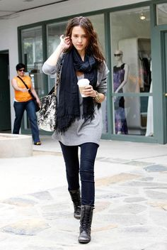 Jessica Alba. Simple fall outfit. (Love the cute photo bomber too. She's just-a gettin it!)