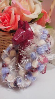 ☆ビーズと毛糸のふわふわシュシュ☆の作り方|その他|編み物・手芸・ソーイング|ハンドメイド・手芸レシピならアトリエ