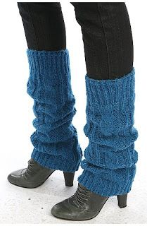 leg warmers with booties and skinny jeans... ok, I can handle that.