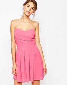 TFNC - Robe de bal de fin dannee en mousseline plissee chez ASOS mode femme fashion rose