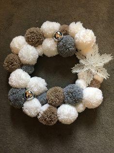 My Christmas Pom Pom Wreath