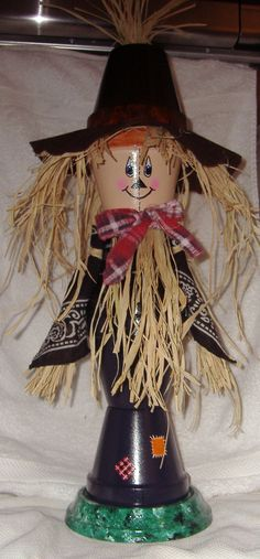 Scarecrow...could make this large like the nutcracker style for the porch!