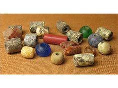 Pärlor från vikingatiden/tidig medeltid på Tradera.com - Forntid -