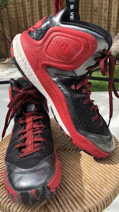 hot sale online 53442 ffe4a Mens Adidas D Rose 5 Boost Hightop Red Basketball Shoes Size 12