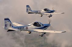 Two Grob G115E Tutors in formation