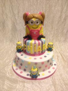 Minions girl cake