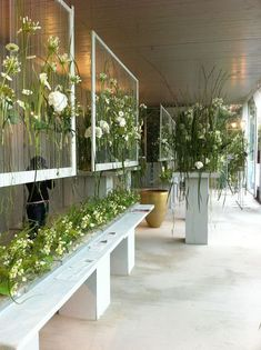 Flower Shop Interior Design Ideas Photos Of In Page 5 Flower Shop Design, Flower Designs, Floral Design, Ikebana, Flower Shop Interiors, Design Interiors, Rideaux Design, Flower Installation, Decoration Plante