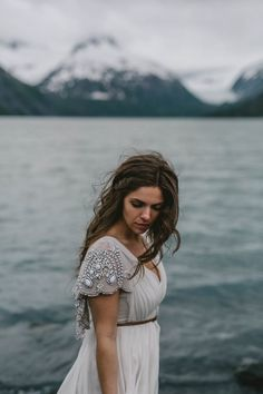 Alaskan Elopement Inspiration at Portage Lake photographed by Jess Hunter | Anchorage, Alaska destination wedding