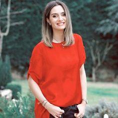 Birce Akalay - Recherche Google Beautiful Models, Beautiful Women, Turkish Beauty, Turkish Actors, Celebs, Celebrities, Pretty Girls, Superstar, Hair Styles