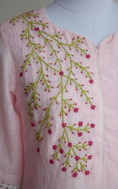 Embroidery On Kurtis, Hand Embroidery Dress, Kurti Embroidery Design, Basic Embroidery Stitches, Hand Embroidery Videos, Hand Embroidery Tutorial, Embroidery On Clothes, Flower Embroidery Designs, Simple Embroidery