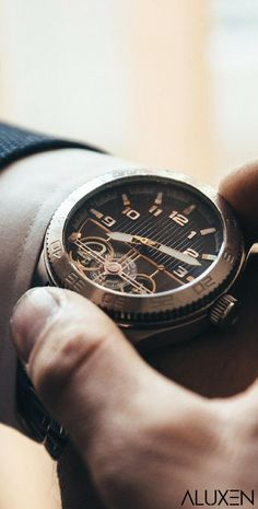 Top 15 Men's Watches Featuring Luxurious watches, affordable watches, smartwatches, expensive watches, and designer watches for men! mens watch 15 Best Watches For Men 2018 Best Watches For Men, Vintage Watches For Men, Luxury Watches For Men, Cool Watches, Top Mens Watches, Unique Mens Watches, Latest Watches, Dream Watches, Wrist Watches