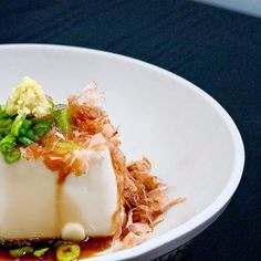 Tofu recipes: Hiyayakko - chilled silken tofu with ginger, scallions and bonito flakes. pickledplum.com food recipes