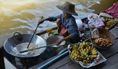 Floating Market South of Bangkok-Heiner Henninges