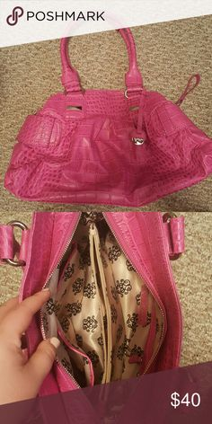 Jessica Simpson Pink Purse Barely used, has many inside pockets for organizing! Jessica Simpson Bags Shoulder Bags