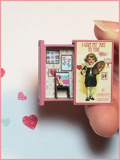 Teeny Weeny Secret Book - I GIVE MY ART TO YOU